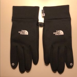 UR Powered The North Face Gloves